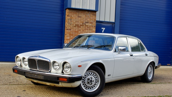 1986 Daimler Double Six For Sale (picture 4 of 110)
