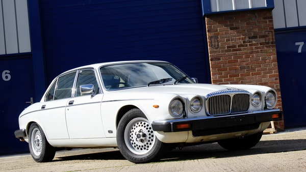 1986 Daimler Double Six For Sale (picture 15 of 110)