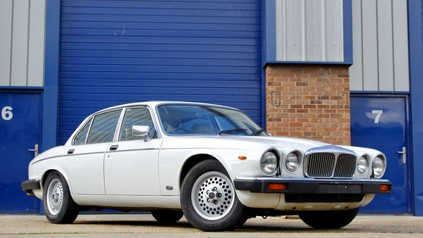 1986 Daimler Double Six For Sale (picture 17 of 110)