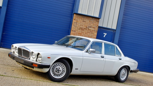 1986 Daimler Double Six For Sale (picture 16 of 110)