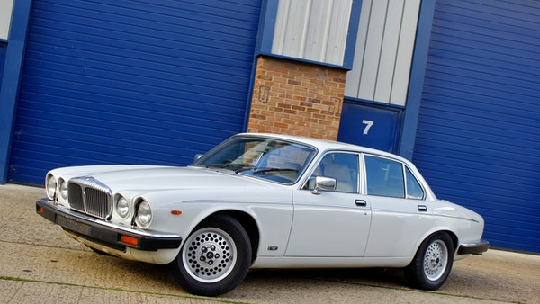 1986 Daimler Double Six For Sale (picture 8 of 110)