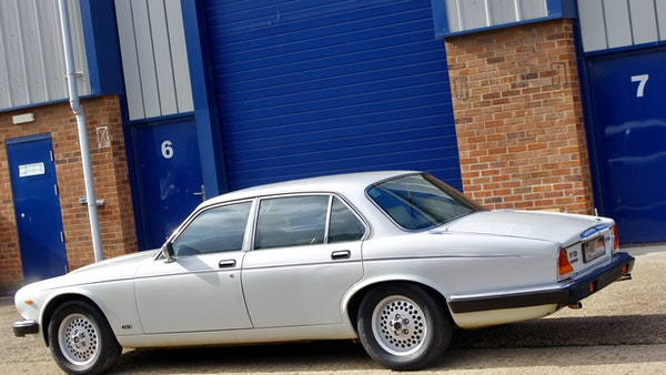 1986 Daimler Double Six For Sale (picture 23 of 110)