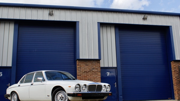 1986 Daimler Double Six For Sale (picture 9 of 110)