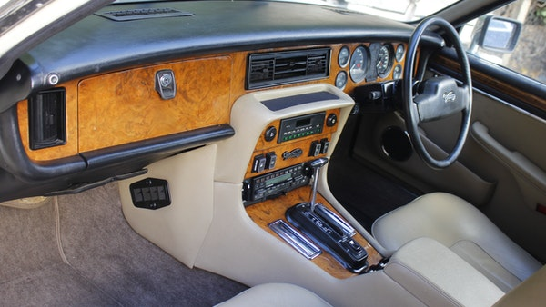 1986 Daimler Double Six For Sale (picture 42 of 110)