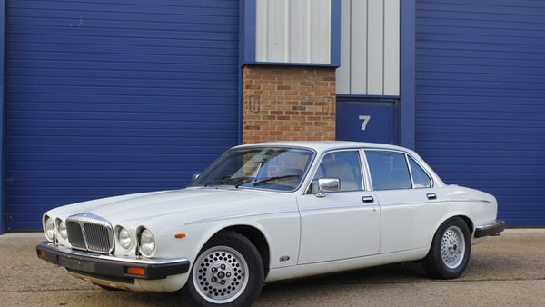 1986 Daimler Double Six For Sale (picture 6 of 110)