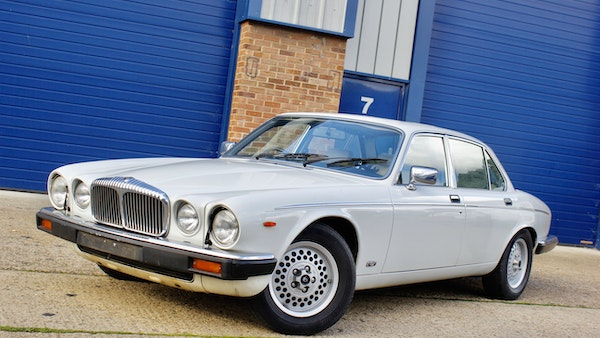 1986 Daimler Double Six For Sale (picture 14 of 110)
