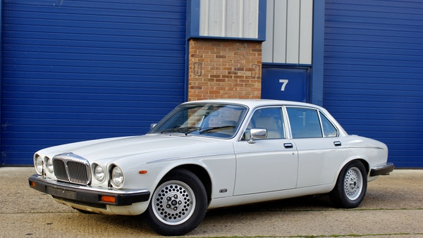 1986 Daimler Double Six For Sale (picture 3 of 110)