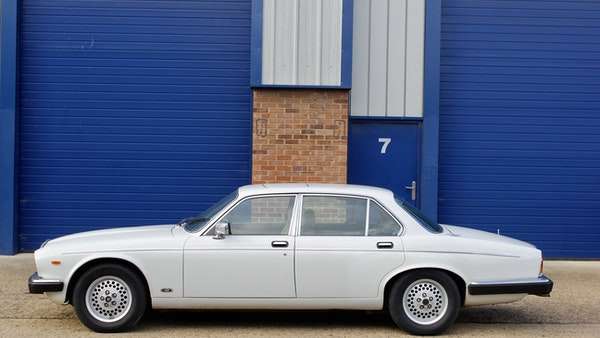 1986 Daimler Double Six For Sale (picture 29 of 110)