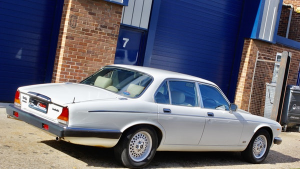 1986 Daimler Double Six For Sale (picture 28 of 110)