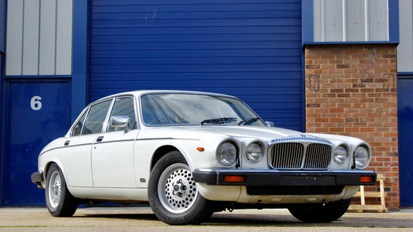 1986 Daimler Double Six For Sale (picture 13 of 110)