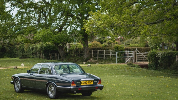 1988 Daimler Double Six For Sale (picture 13 of 130)