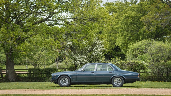 1988 Daimler Double Six For Sale (picture 4 of 130)