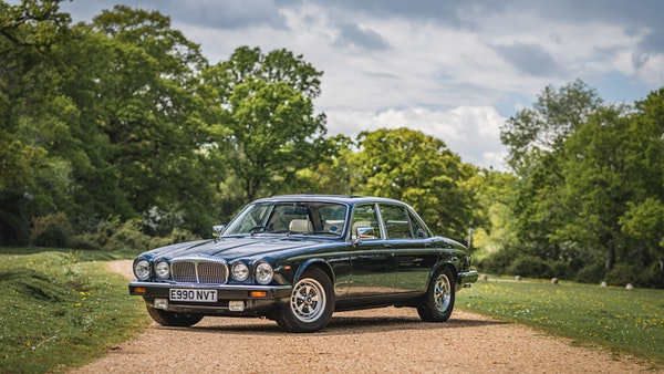 1988 Daimler Double Six For Sale (picture 1 of 130)