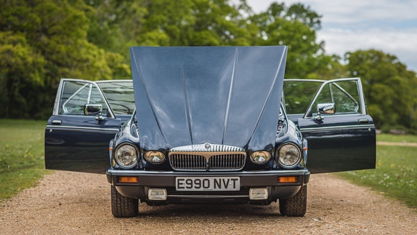 1988 Daimler Double Six For Sale (picture 16 of 130)