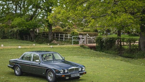 1988 Daimler Double Six For Sale (picture 9 of 130)