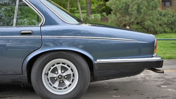 1992 Daimler Double Six For Sale (picture 18 of 140)