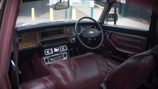 1974 Daimler Sovereign For Sale (picture 17 of 241)