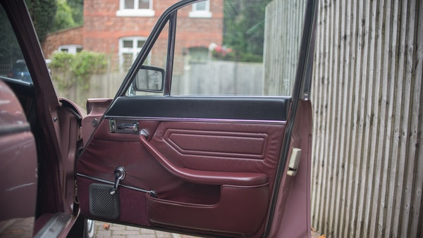 1974 Daimler Sovereign For Sale (picture 51 of 241)
