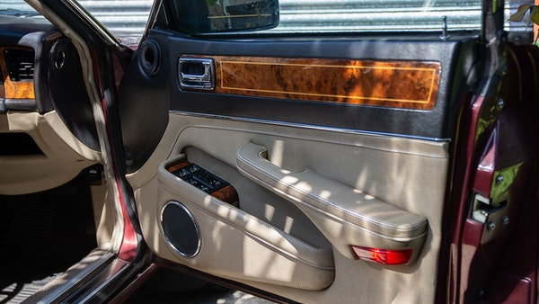 NO RESERVE! 1988 Daimler Sovereign 3.6 For Sale (picture 21 of 154)