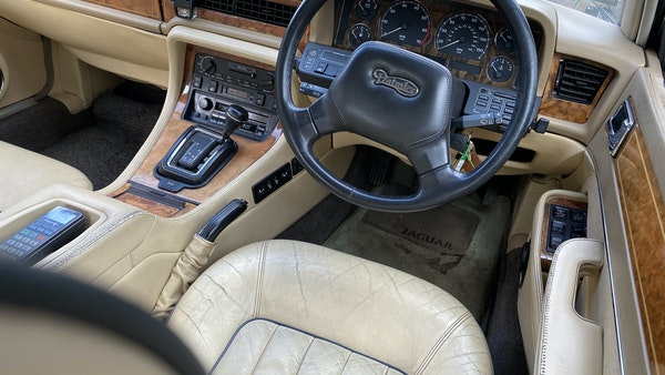 1991 Daimler Sovereign 4.0l For Sale (picture 29 of 264)