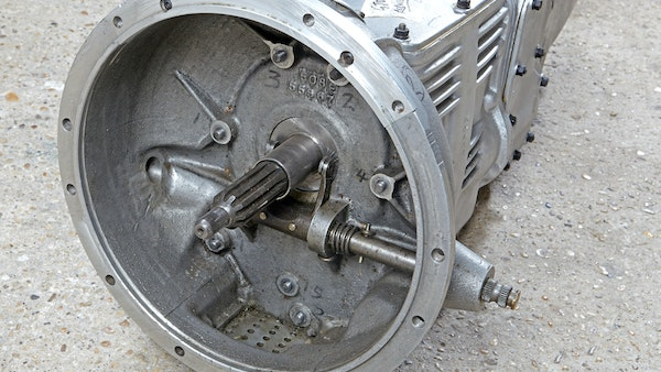 Reproduction Ferrari 250 GTO Gearbox For Sale (picture 7 of 13)
