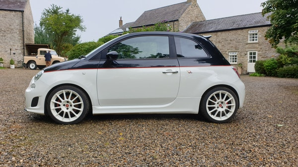 RESERVE LOWERED - 2011 Abarth 500C Esseesse For Sale (picture 10 of 93)