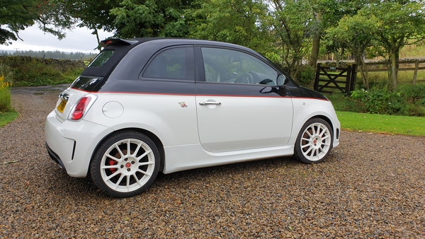 RESERVE LOWERED - 2011 Abarth 500C Esseesse For Sale (picture 6 of 93)