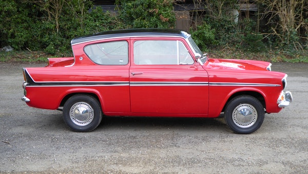 1966 Ford Anglia 1200 Super For Sale (picture 9 of 63)