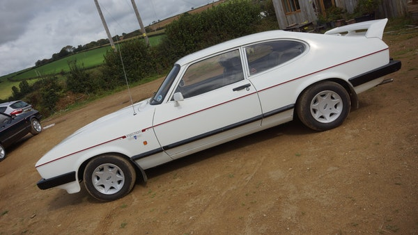 RESERVE LOWERED - 1986 Ford Capri 2.8i Special For Sale (picture 17 of 182)