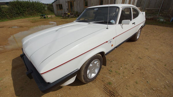 RESERVE LOWERED - 1986 Ford Capri 2.8i Special For Sale (picture 14 of 182)