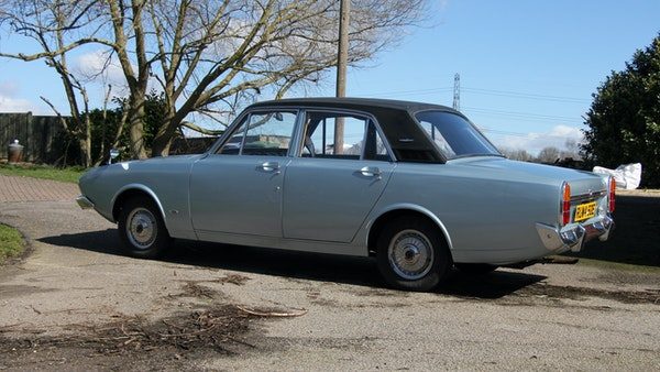 NO RESERVE 1967 Ford Corsair 2000E For Sale (picture 11 of 134)