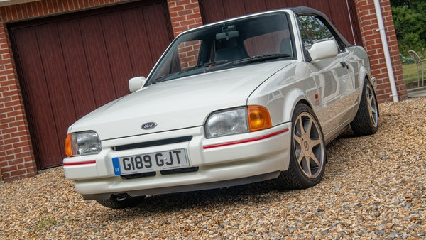 1989 Ford Escort XR3i convertible For Sale (picture 10 of 133)