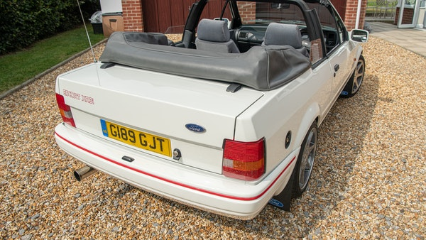1989 Ford Escort XR3i convertible For Sale (picture 19 of 133)