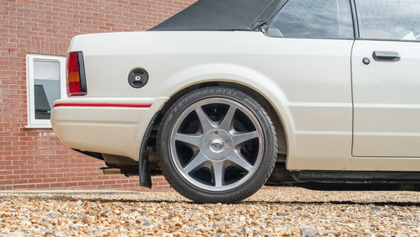 1989 Ford Escort XR3i convertible For Sale (picture 24 of 133)