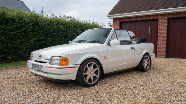 1989 Ford Escort XR3i convertible For Sale (picture 3 of 133)