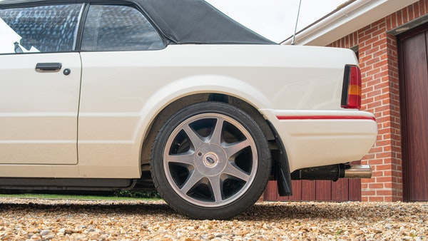1989 Ford Escort XR3i convertible For Sale (picture 25 of 133)