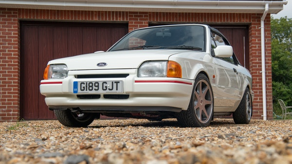 1989 Ford Escort XR3i convertible For Sale (picture 11 of 133)