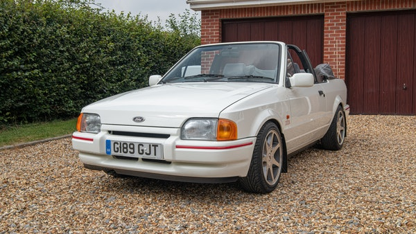 1989 Ford Escort XR3i convertible For Sale (picture 6 of 133)