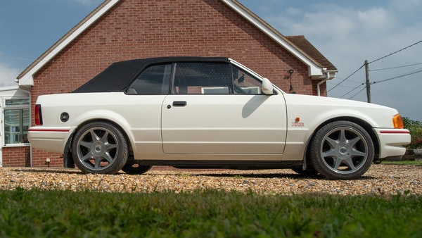 1989 Ford Escort XR3i convertible For Sale (picture 15 of 133)
