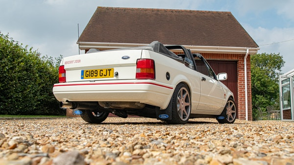 1989 Ford Escort XR3i convertible For Sale (picture 21 of 133)