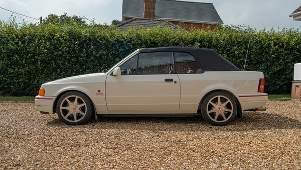 1989 Ford Escort XR3i convertible For Sale (picture 64 of 133)