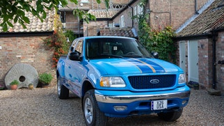 2001 Ford F-150 Lariat Flareside LHD