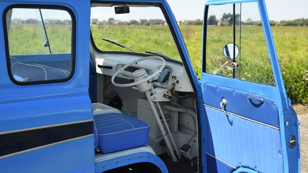 RESERVE LOWERED -1965 FORD THAMES 400e DORMOBILE For Sale (picture 51 of 139)