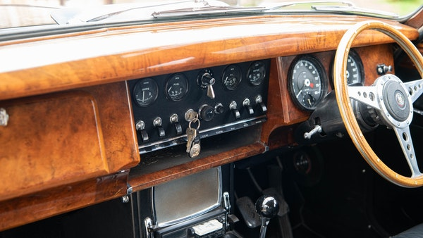 1967 Jaguar MkII For Sale (picture 39 of 89)