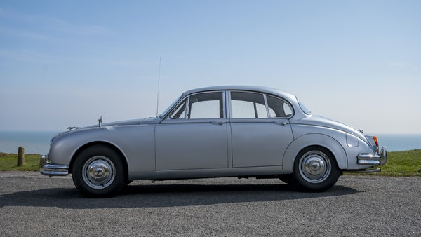1965 Jaguar MkII 2.4 For Sale (picture 8 of 187)