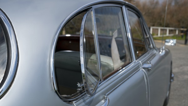 1965 Jaguar MkII 2.4 For Sale (picture 98 of 187)