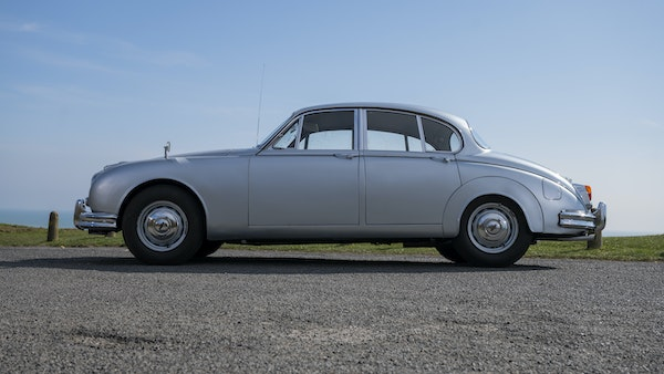 1965 Jaguar MkII 2.4 For Sale (picture 9 of 187)