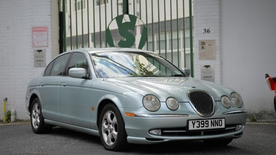 NO RESERVE! - 2001 Jaguar S-Type 3.0 V6 SE