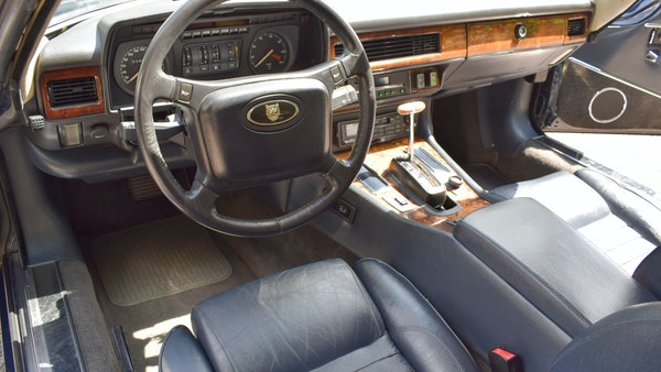 1990 Jaguar XJ-S V12 Convertible LHD For Sale (picture 27 of 120)