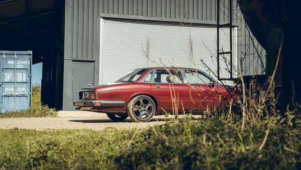 1989 Jaguar XJ40 project cars with Lister modifications For Sale (picture 14 of 153)